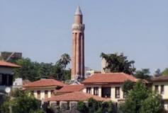Мечеть и минарет Йивли в Анталии: до небес – подать рукой